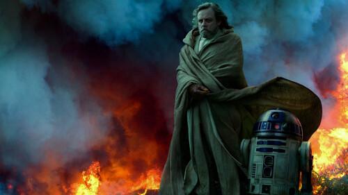 Οι πρώτες backstage φωτογραφίες της νέας ταινίας Star Wars είναι εδώ