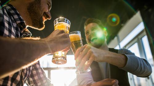 Προφανώς και θα θέλαμε draught μπίρα από τα χέρια μας